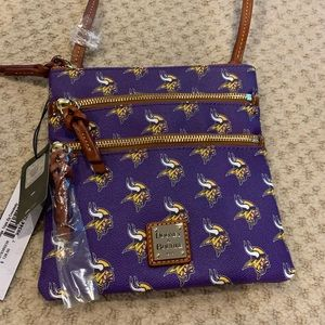 Crossbody Dooney & Bourke Vikings Bag
